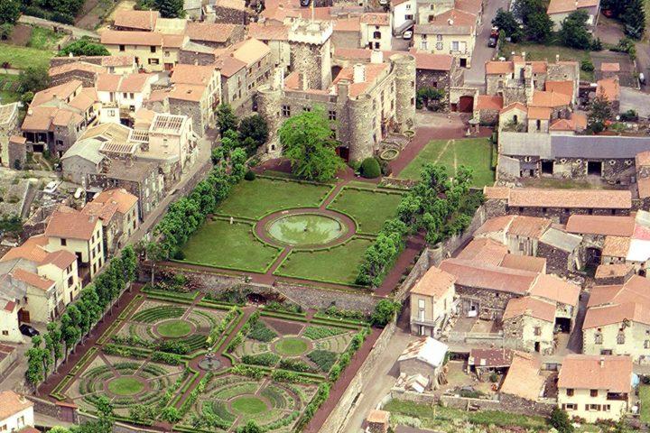 Le château d'Opme à Romagnat