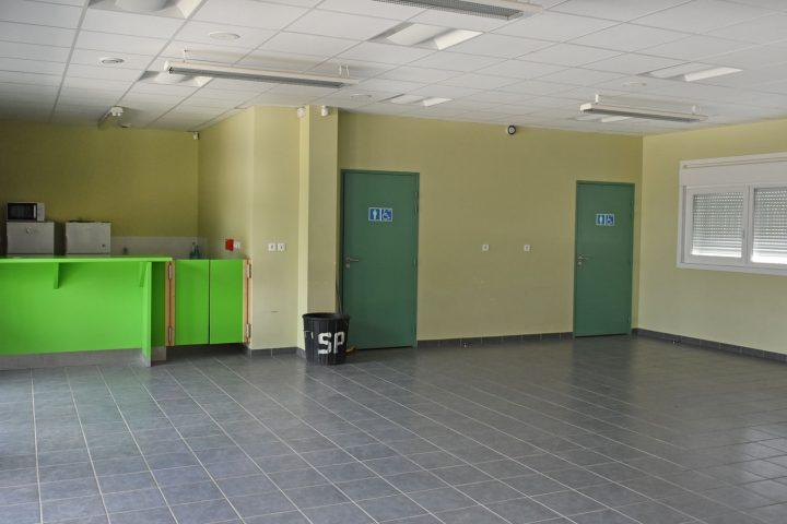 Intérieur de la salle modulaire
