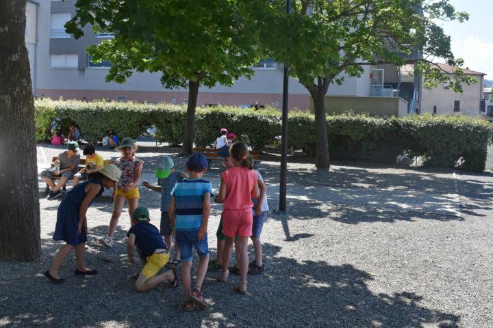 Récréation à l'école Jacques-Prévert de Romagnat