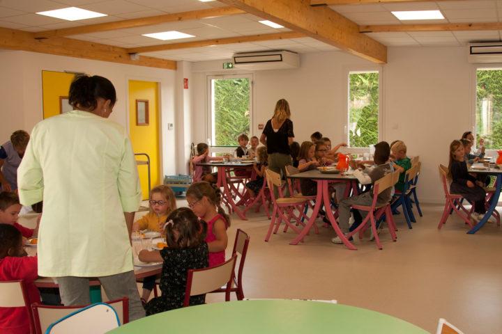 Le restaurant scolaire de l'école Boris-Vian