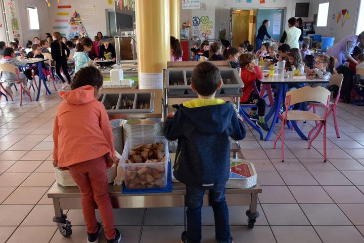Le self service de l'école Jacques-Prévert